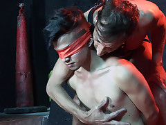 Nude youthfull victim gets eyes covered at the dungeon