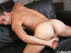 College Dudes - Devin Adams busts a bug