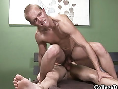 College Dudes - Jayden Grey Fucks Dispossess Ryder